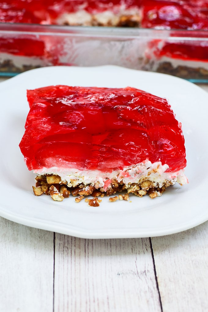 strawberry and pretzel salad
