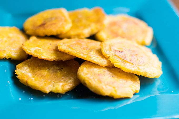Tostones on a blue plate