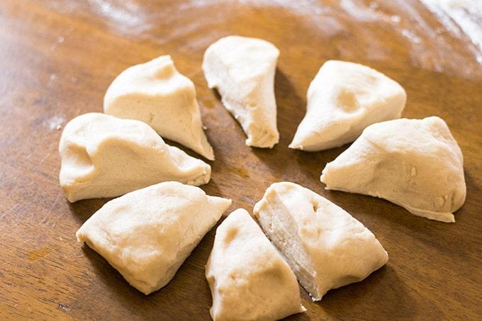 8 pieces of tortilla dough