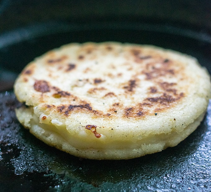 cheese stuffed arepa