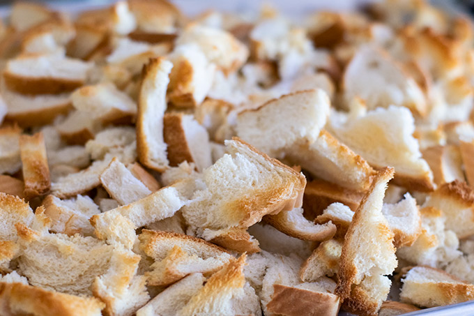 toasted bread pieces