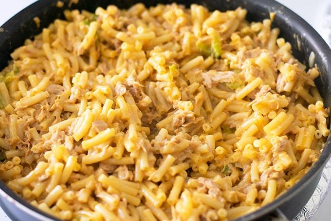 pot of tuna mac and cheese