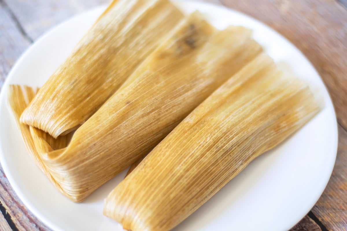tamales dulces on a white plate